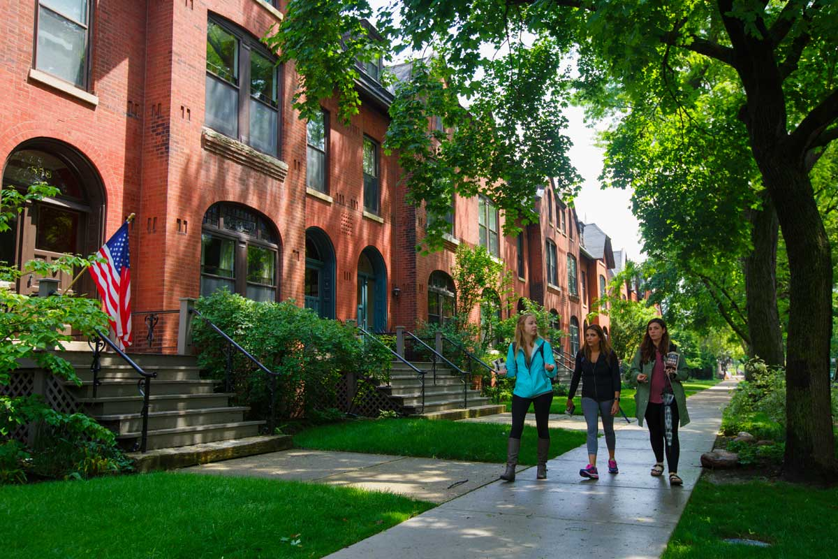 DePaul's Lincoln Park neighborhood